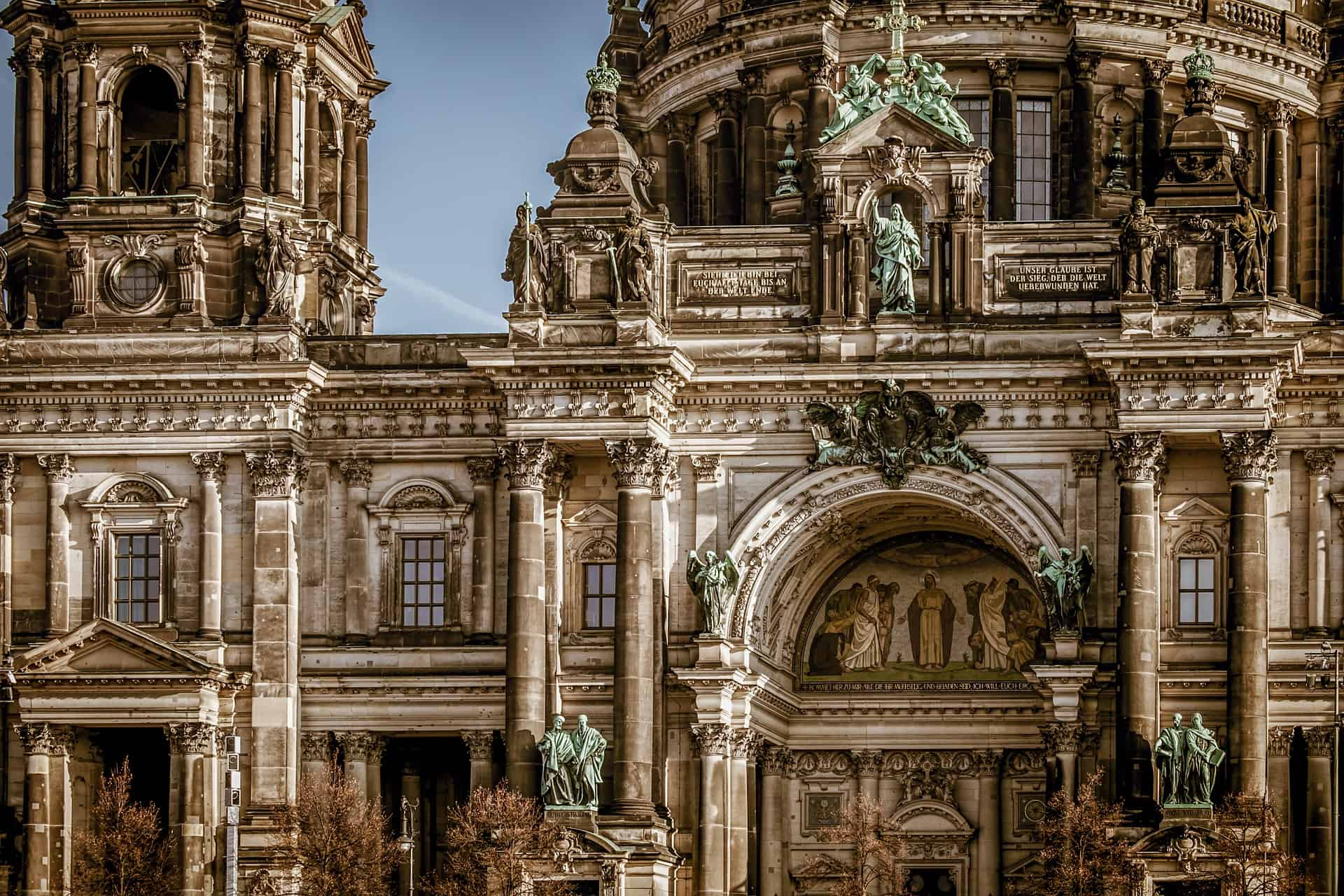 Architecture Behind Old Buildings And Their Importance