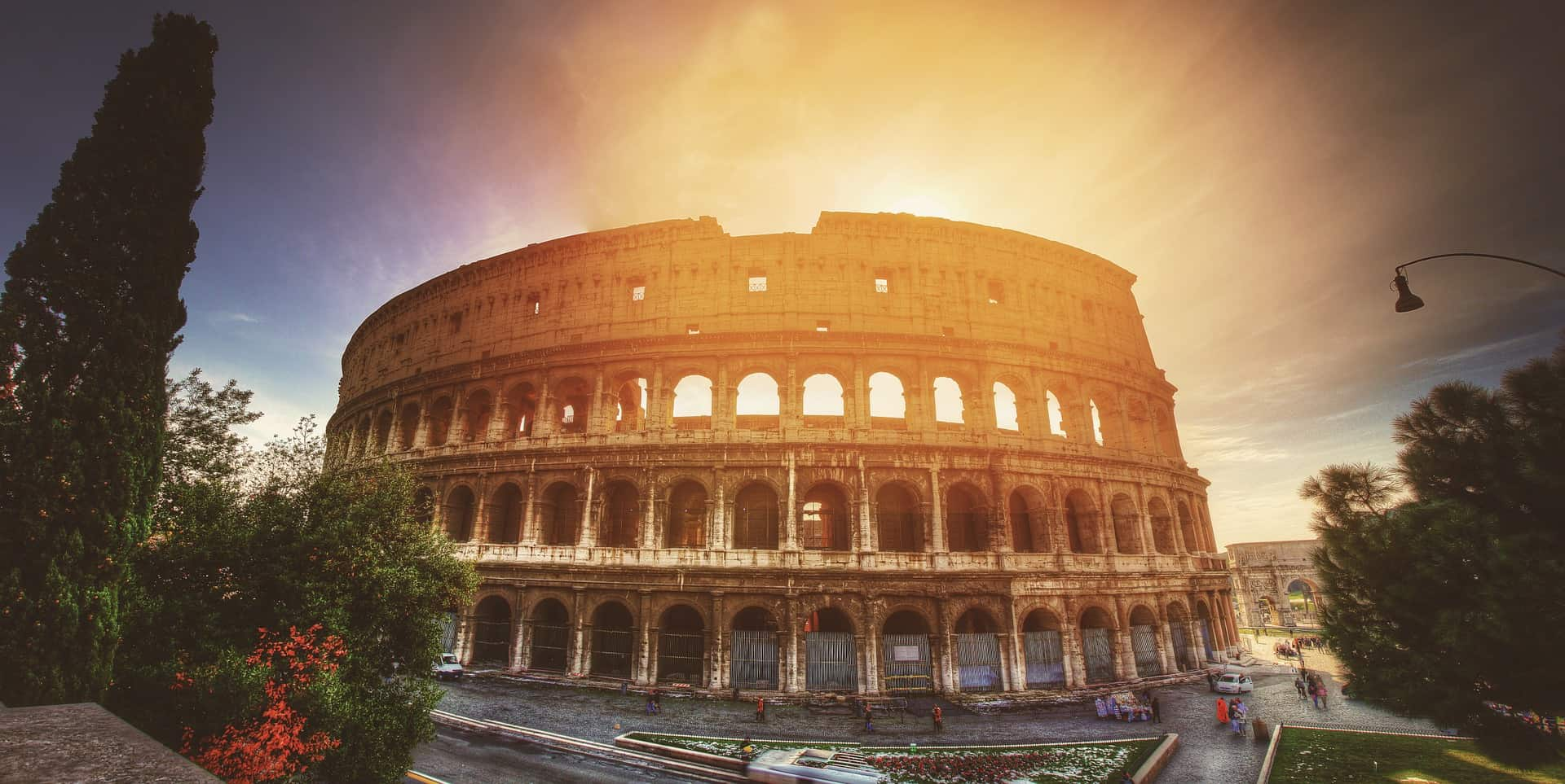 Famous Historical Monuments Around The World