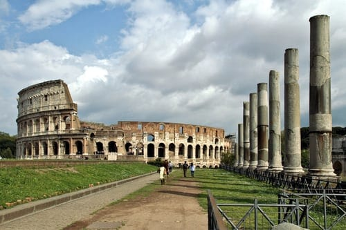 Wonderful Monument- 5 Historic Monuments Of This World